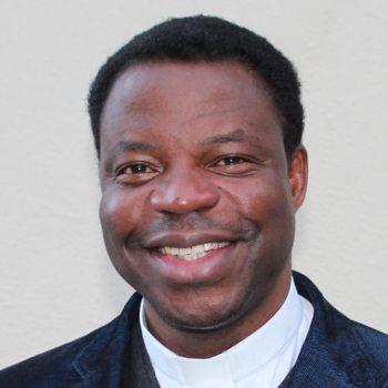 Anthony Umeobika, Pfarrvikar und Ansprechpartner vor Ort
